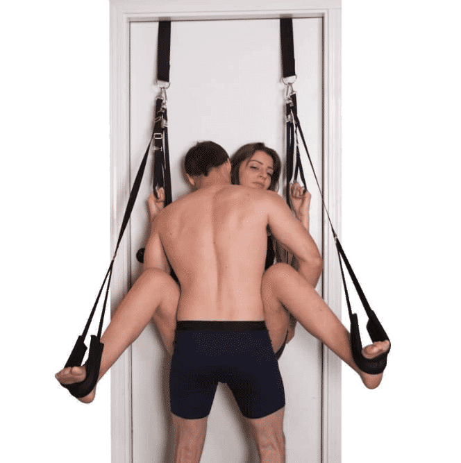 showing how to use the screamer door sex swing